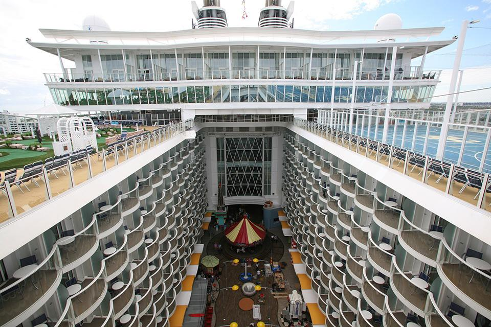 oasis of the seas hook up Always looking for new projects home or away contact me at douglasbaird1 @ntlworldcom.